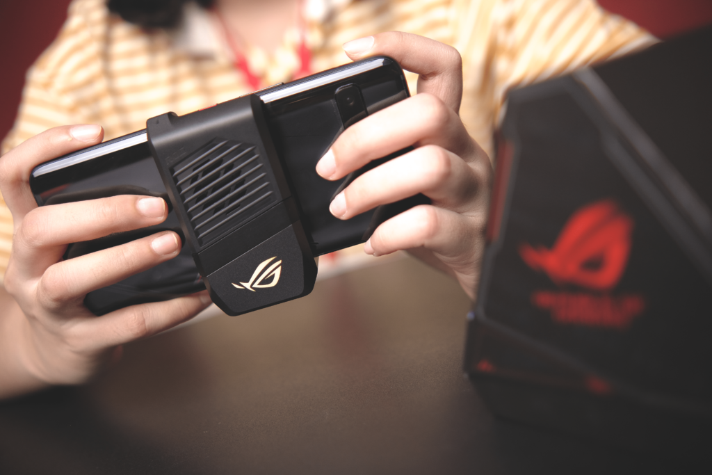 Rog Phone 3 with AeroActive Cooler