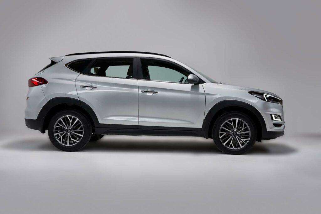 Hyundai-Side-profile